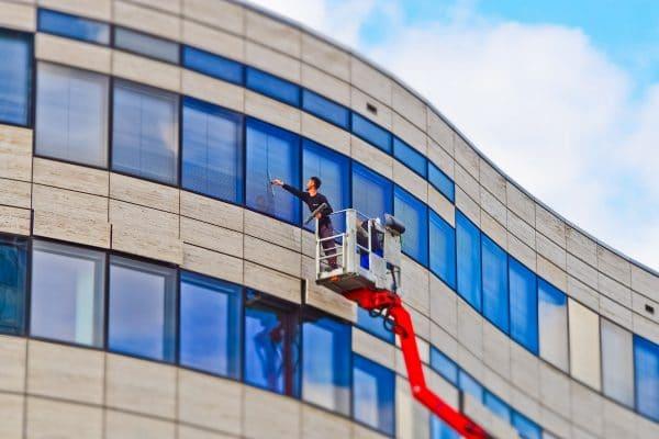 Service nettoyage vitres pour entreprise